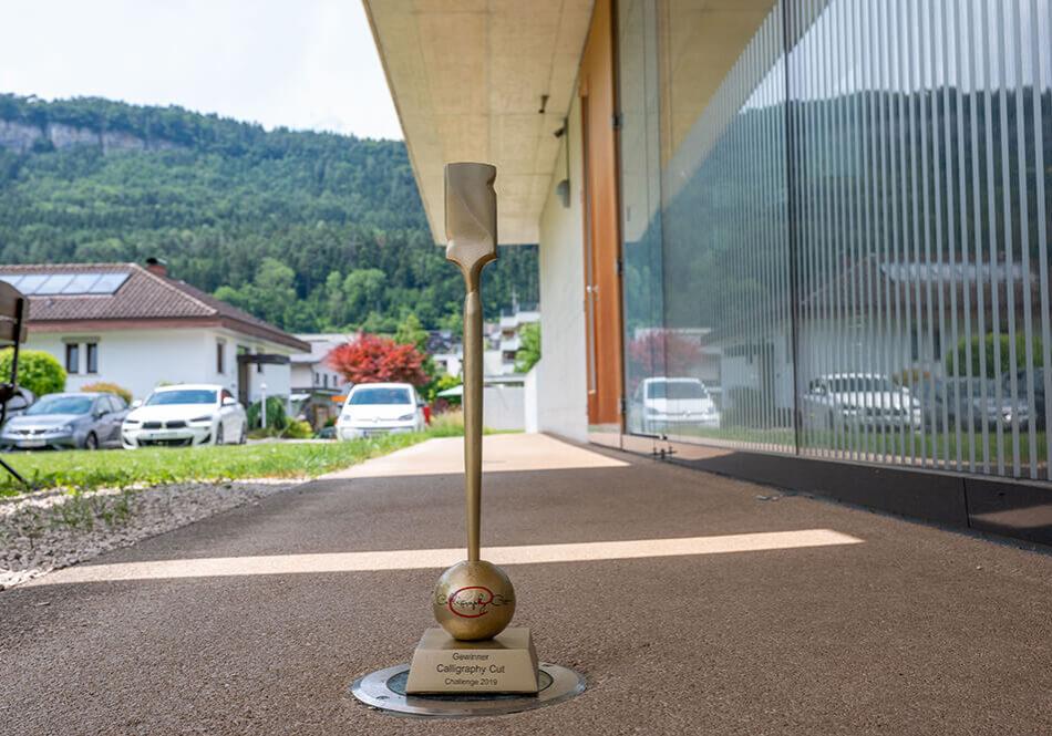 Schneide Raum Friseur Feldkirch Calligraphy Cut Goldstar Gewinner